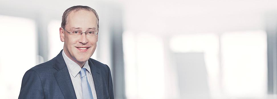 <h4>Ole Jürges</h4><span>Fachanwalt für Versicherungsrecht<br>&nbsp;</span>