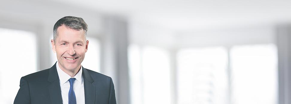 <h4>Michael Strombach</h4><p>Fachanwalt für Arbeitsrecht<br/>FACHANWALT FÜR Bau- und Architektenrecht<br/></p>
